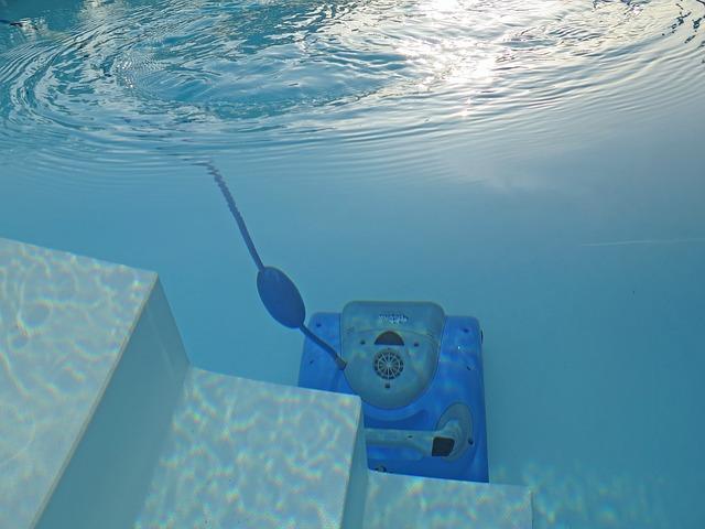 bazénový robot