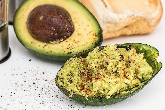 guacamole z avokáda